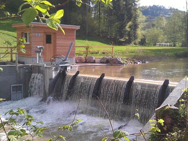 kleines Wasserkraftwerk