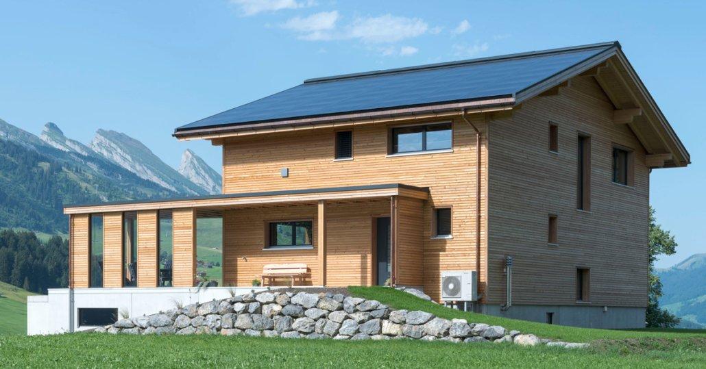 Einfamilienhaus mit PV-Anlage
